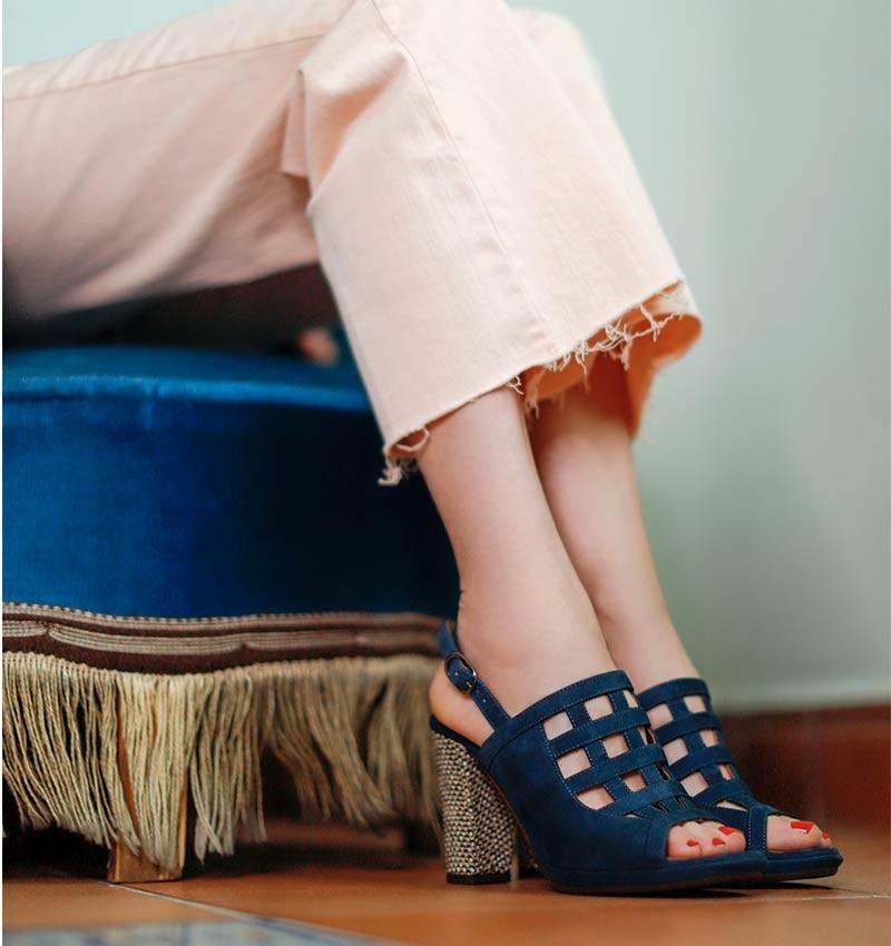 ABACO INDIGO CHiE MIHARA sandals