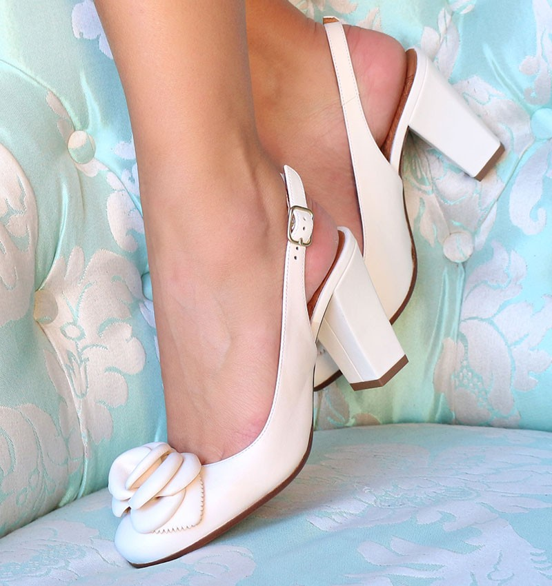 BRI-RIPON OFF-WHITE CHiE MIHARA bridal
