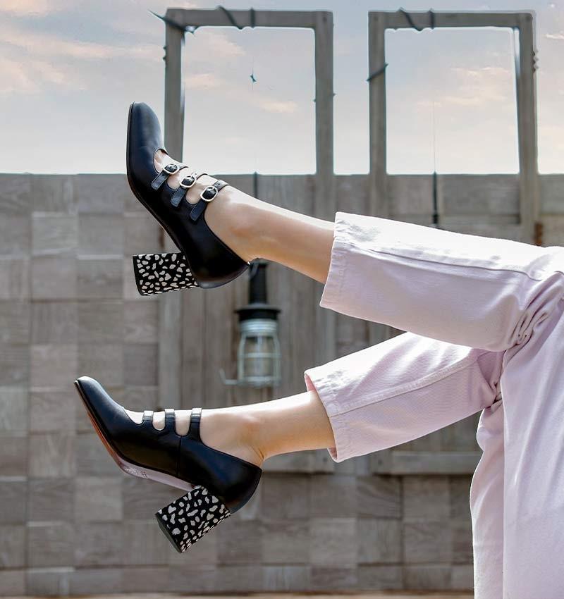 PINTA BLACK CHiE MIHARA zapatos