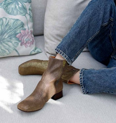 ZAPRO-C BRONCE CHiE MIHARA boots