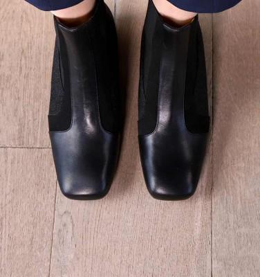 ZAIA BLACK CHiE MIHARA boots