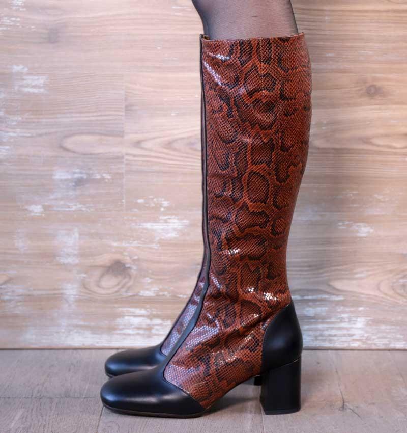 UGUI BLACK CHiE MIHARA boots