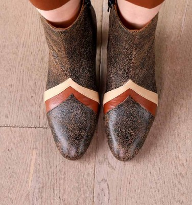 ELIYA SAND CHiE MIHARA boots