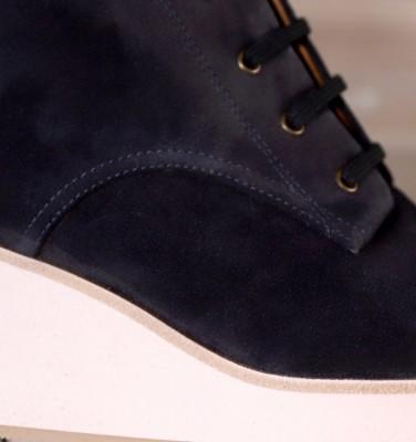 I-YAKO NAVY CHiE MIHARA boots