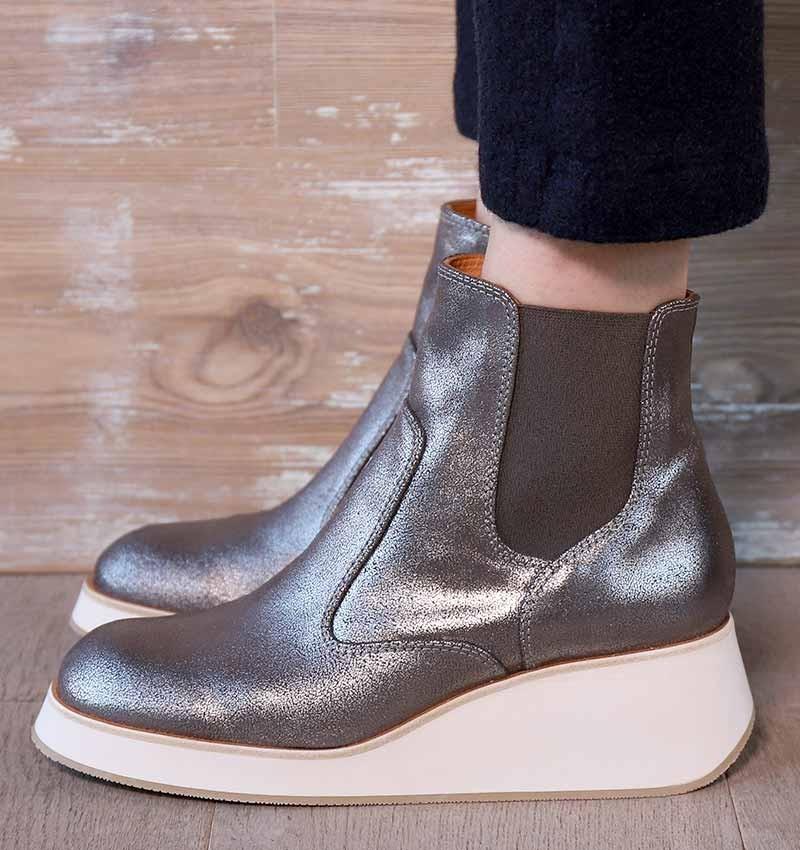 ILURA IRON CHiE MIHARA boots