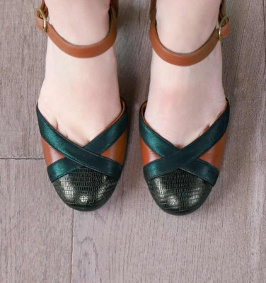 WABE BROWN CHiE MIHARA shoes
