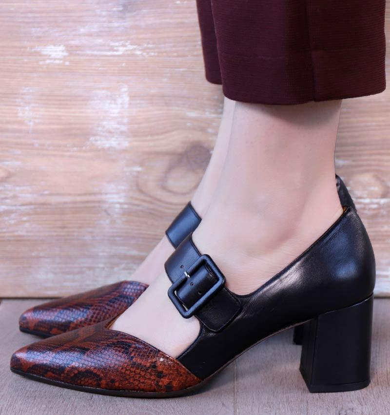 QUEVI REDDISH BLACK CHiE MIHARA zapatos