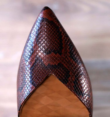 QUEVI BRICK AND BLACK CHiE MIHARA shoes