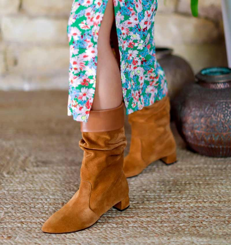 RUE LIGHT BROWN CHiE MIHARA boots