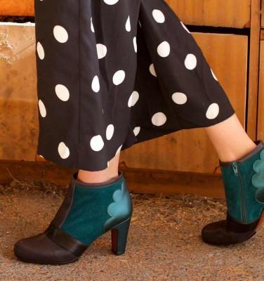 KUMI NAVY TOP 20 CHiE MIHARA boots